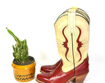vintage FRYE cowboy boots // two toned leather and faux snakeskin shoes // burgundy and beige 5B