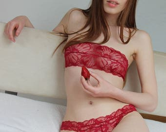 Lace Thong ted - Lingerie red Strawberry // Undies Bra in Sheer French Lace handmade of Fransik
