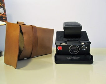 Vintage Polaroid Camera Alpha1 model2 Polaroid SX-70 Land Folding Instant Camera with Original Polaroid Leather Case 70s