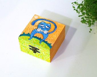 Funny cat art box Childrens room decor - nursery decor - animal art birthday gift for kids - gift for cat lovers - cat painting on wood box