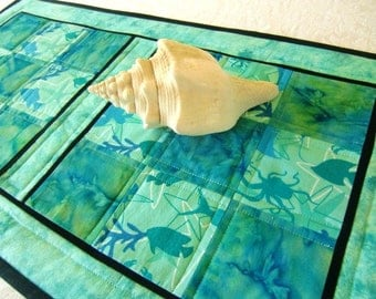 Ocean Life Table Runner, Sea Turtle Quilt, Quilted Topper, Beach Home décor, Coastal Gift Idea, For Her Home, Aqua and Teal, Handmade in USA