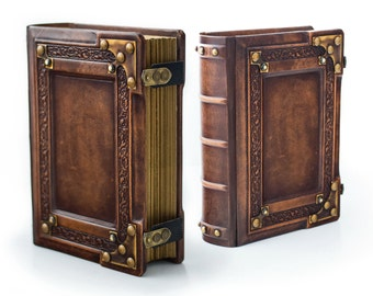 """8"""" x 10"""" - Medieval styled leather journal - 700 pages - Book of Shadows - Magical journal - Magician book - Traveler sketchbook"""