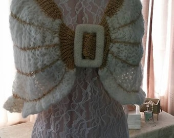Vintage Made in Italy Shawl Wrap Ivory Gold Buckle Size Small