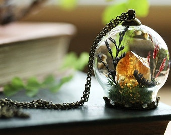 Citrine crystal terrarium necklace, terrarium jewelry , gemstone jewellery, orange citrine pendant , real moss , made in Ireland