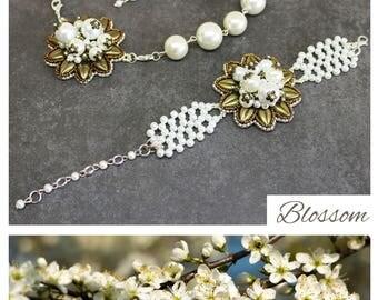 White pearl jewelry set, wedding jewelry set for bride, Necklace Earring Set, wedding bracelet set, bridal earrings set, glass pearl