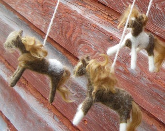 Horse Baby Mobile, Felted Farm Animal Nursery Decoration, Western Rustic Pony Mobile, Cowboy Nursery Decoration, Wild Horse Mobile