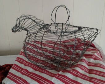 Farmhouse decor wire egg basket shaped as a chicken, french country cottage,rustic