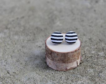 Striped Fabric Button Earrings // Black and White // Netural Earrings // Vintage Earrings // Covered Buttons // Fabric Studs