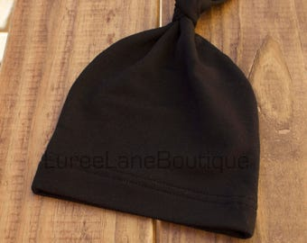 Black baby beanie/Top knot baby beanie/Baby beanie/Black knot baby beanie/Knot baby beanie/Baby boy hat/Newborn baby beanie/ black baby hat