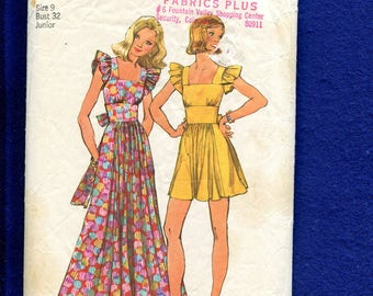1970's Simplicity 5670 Country Chic Flirty Dress with Ruffled Shoulders & Full Skirt Size 7 Junior