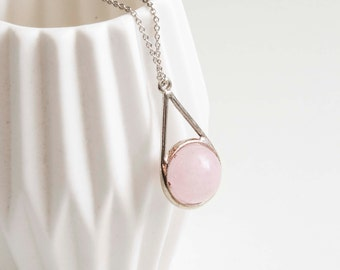 Silver necklace - tender pink