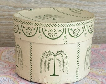 SALE Charming Small Round Wallpaper Box | Band Box | Folk Art