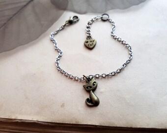 Cat Bracelet, cat lover gift, cat lover bracelet, cat jewelry, kitty bracelet, cat lover jewellery, cat lover gift idea, layering bracelet