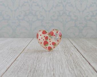 Heart - Strawberry - White - Love - Fruit - Diamond - Red - Fruit - Lapel Pin