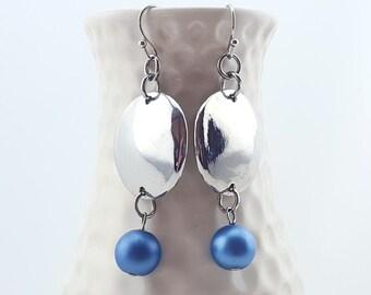 Silver dangle earrings - reflective earrings - bold statement earrings - Long dangly earrings with beads - silver circle earrings - mirrored