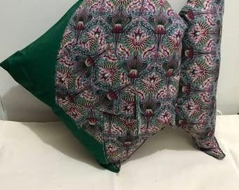 Origami fish pillow - green