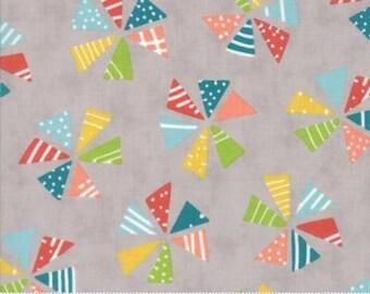 Mixed Bag - Pinwheels on Gray - from Moda