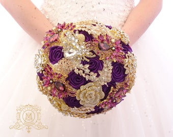 BROOCH BOUQUET plum and gold. Purple wedding bridal bouquet. Bridal broach boquet. Alternative crystal bling jeweled bouquet. Violet, purple