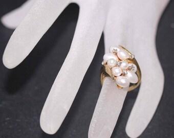 Estate 14k Yellow gold Natural White Pearl & Diamond Cluster Vintage ring