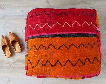 Vintage marroquí Plaza PUF otomano o almohadilla del suelo naranja Zig Zag patrón