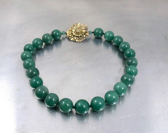 Jade Green Bead Necklace, Hand Knotted Green Agate Beads, Gold Flower Clasp, Gemstone Beaded Jewelry