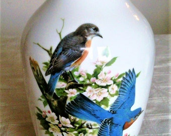 Vintage Vase With Robins and Bluebirds Signed Roger Tory Peterson Made By Kaiser of Germany