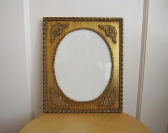 """Vintage Gold Wall Frame Wood Gilt Portrait Oval French Provincial 8"""" x 10"""""""