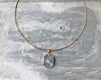 Agate Pendant Necklace, Statement Necklace, Blue Stone Necklace, Gold Choker, Gold Jewelery, Gold Necklace, Gemstone Necklace, Necklace
