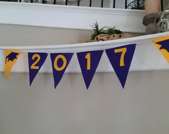 CUSTOM Graduation Banner, 2017 Sign, Custom Flags Banner, Custom Pennants, 2017 Banner, Party Decoration, Felt Flag Garland