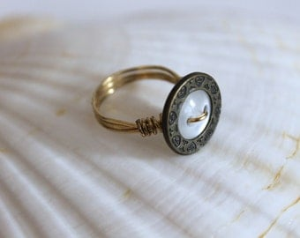 Wire-wrapped Vintage Button Ring with Pearly Center - Size 5