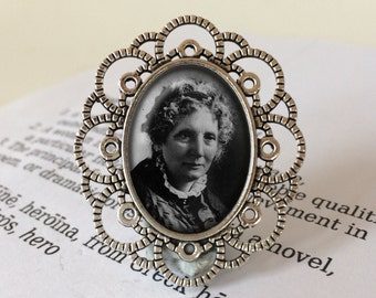 Harriet Beecher Stowe Brooch - Uncle Tom's Cabin Brooch, Antique Silver or Bronze, Literary Jewelry, Gift For Reader, Bibliophile Brooch
