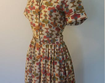 50s Dress. 1950's Printed Dress. Collar. Fabric Button Front. Midi Length. Belted. Size Small.