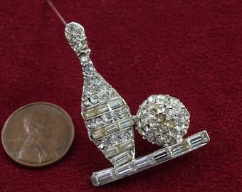 Rhinestone Bowling brooch pin