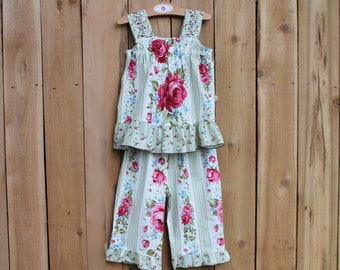 Floral Rose Girl Outfit Capri Ruffle Pant & Top Set Cotton Boutique Summer Girl Clothes Boho Kid Clothes Child Clothing 12 18 mo 2T 3T 4 5 6