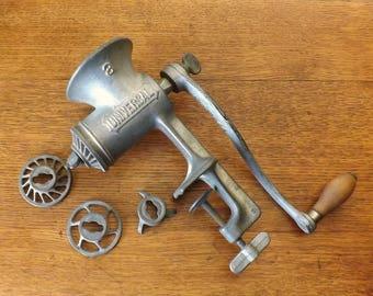 Universal #3 Food Chopper ~ Large Food Grinder ~ Cast Iron ~ Farm House Kitchen ~ Primitive Kitchen Tool ~ Off the Grid