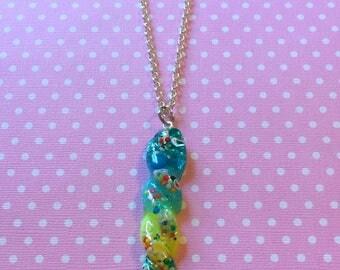 Kawaii Unicorn Horn Pendant / Colorful Resin Unicorn Horn Necklace / Pastel Goth Creepy Cute Sweet Lolita Fairy Kei Cute Unicorn Jewelry