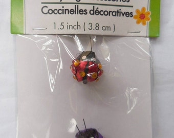 DECORATIVE LADYBUG ACCESSORIES New (1) pack of (2 count) ladybugs floral wreath centerpiece gift topper approxmately .75in X .75in 10A3B
