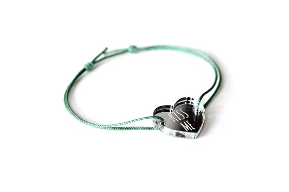 "Heart bracelet with message ""Kiss me"" - Valentine's bangle - wedding jewelry - 25 colors - adjustable bracelet - lasercut acrylic mirror"