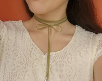 Choker Leather Wrap Long Green Leather Leather Necklace Choker Wrap Bow Choker Boho Choker Green Leather Choker Genuine Leather Bow Choker