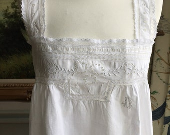 Antique Nightgown 1900 Victorian 14 UK French Lace Hand Embroidered Hand Sewn white cotton For clothing women costume bridal