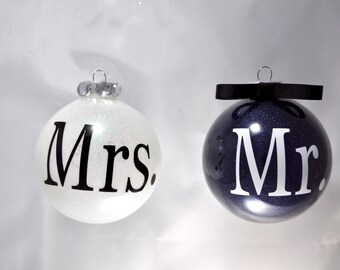 Personalized Wedding Gift for Couple First Christmas Wedding