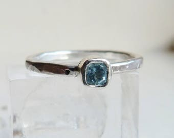 Sterling SIlver Square Blue Topaz Stacking Solitaire Ring with a textured band,  Size O.