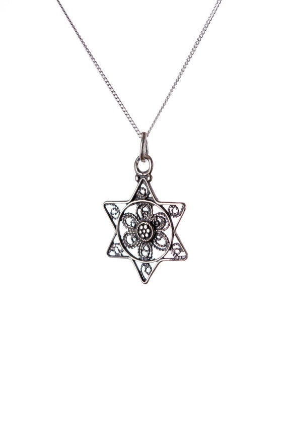 Dainty Star Of David Necklace Sterling Silver Pendant Kabbalah Jewellery  Filigree Design Handmade Free delivery + Gift Boxed D2