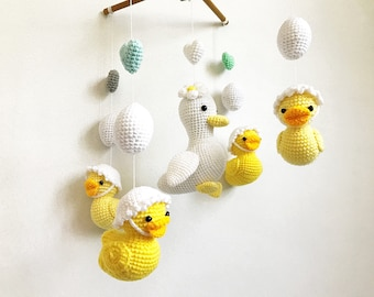 Baby mobile - Ducky Duckling Amigurumi Baby Crib mobile, Duck baby mobile, Nursery decor,Duck crochet baby mobile, Baby shower, Baby gift