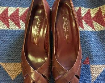 Vintage evan-picone leather pumps