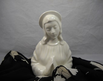 Lady Head Vase All White Praying Madonna Religious/Lady Head Planters/Florist Vases/Florist Shop