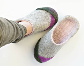 Womens slippers made from natural wool felted by hand/Wool slippers/Felted wool slippers/Eco friendly slippers/Gift for her/Comfy slippers