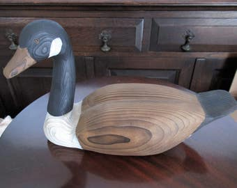 1986 Vintage Carved Wood Duck