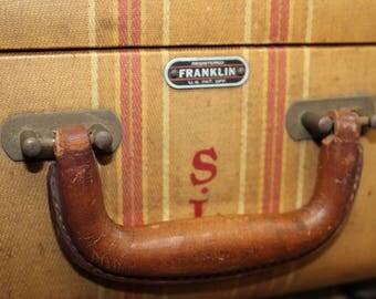 Vintage Franklin Beige Striped Tweed Suitcase, Tweed Suitcase, Old Suitcases, Old Luggage, Vintage Luggage, Suitcases, Suitcase Photo Prop