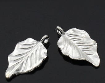 "30PCs Silver Plated Leaf Charm Pendants 32x18mm(1 2/8""x6/8"")"
